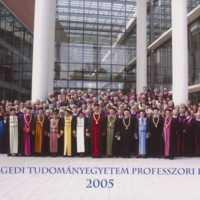 http://digit.bibl.u-szeged.hu/00400/00499/omeka/egyetem_vegyes/szte_003/szte_003_001_web.jpg