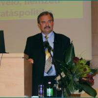 http://digit.bibl.u-szeged.hu/00400/00499/omeka/001/bor_zsolt_eloadas/PICT7122.jpg