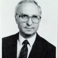 http://digit.bibl.u-szeged.hu/00400/00499/omeka/portre/valacskai_laszlo_2.JPG