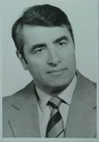 http://digit.bibl.u-szeged.hu/00400/00499/omeka/portre/szederkenyi_tibor_1.jpg