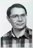 http://digit.bibl.u-szeged.hu/00400/00499/omeka/portre/szorenyi_tamas.jpg