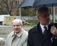 http://digit.bibl.u-szeged.hu/00400/00499/omeka/konyvtar/ek_2002-03-23_alapko_kokas_karoly/egyk_006.jpg