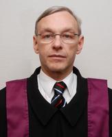 2.Prof.Dr.Kemény Lajos általános és tudományos dékánhelyettes.jpg