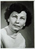 http://digit.bibl.u-szeged.hu/00400/00499/omeka/portre/kretzoi_sarolta_3.jpg