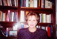 http://digit.bibl.u-szeged.hu/00400/00499/omeka/portre/bollobas_eniko.jpg